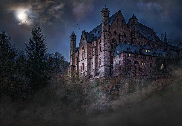 mystický hrad