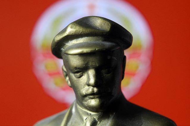 socha Lenin