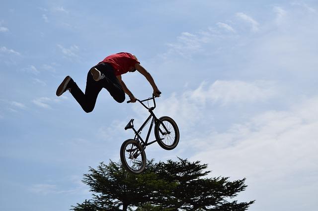 skokan s bicyklem